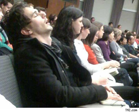James-Franco-Sleeping-During-Class-celebrity-gossip-4794552-445-359